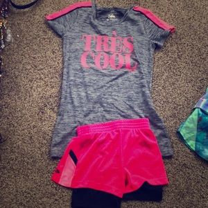 Workout outfit. Hot pink and gray